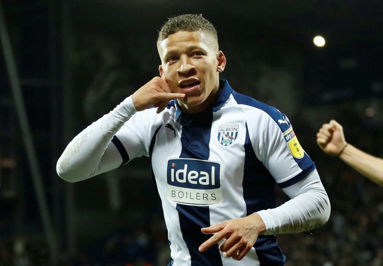 Leeds United: Board eye January swoop for Dwight Gayle to fire Whites to promotion