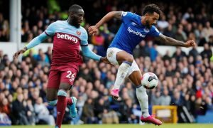 West Ham United's Arthur Masuaku in action with Everton's Theo Walcott