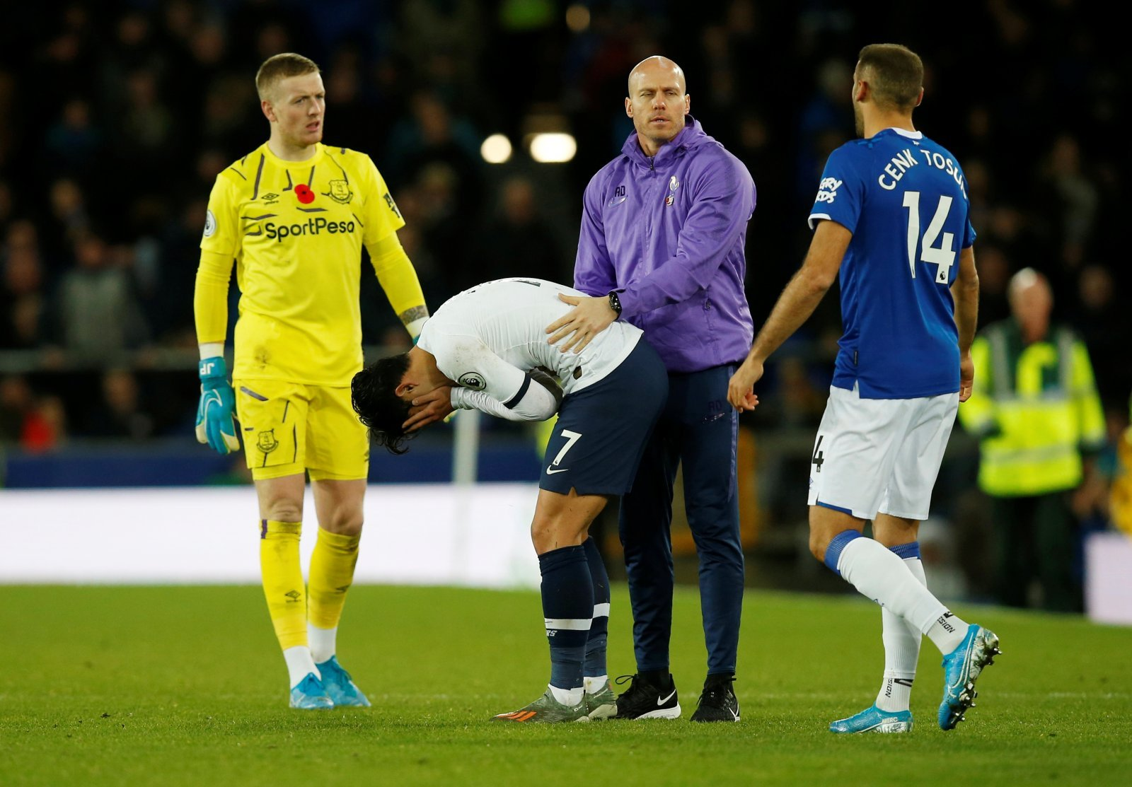 Everton: Fans fume as Son Heung-Min's red card is overturned