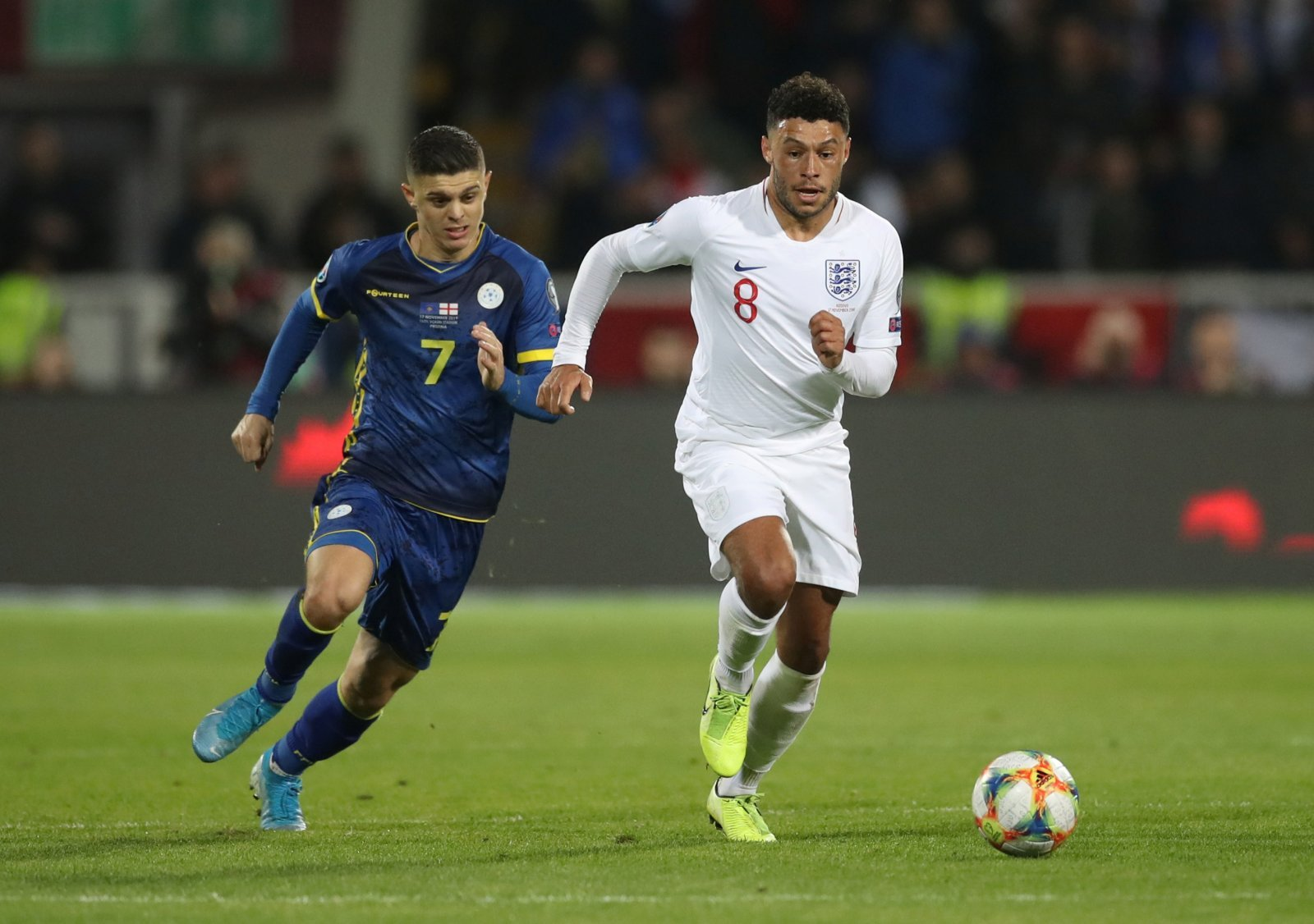 Liverpool: Fans want Alex Oxlade-Chamberlain to start against Crystal Palace
