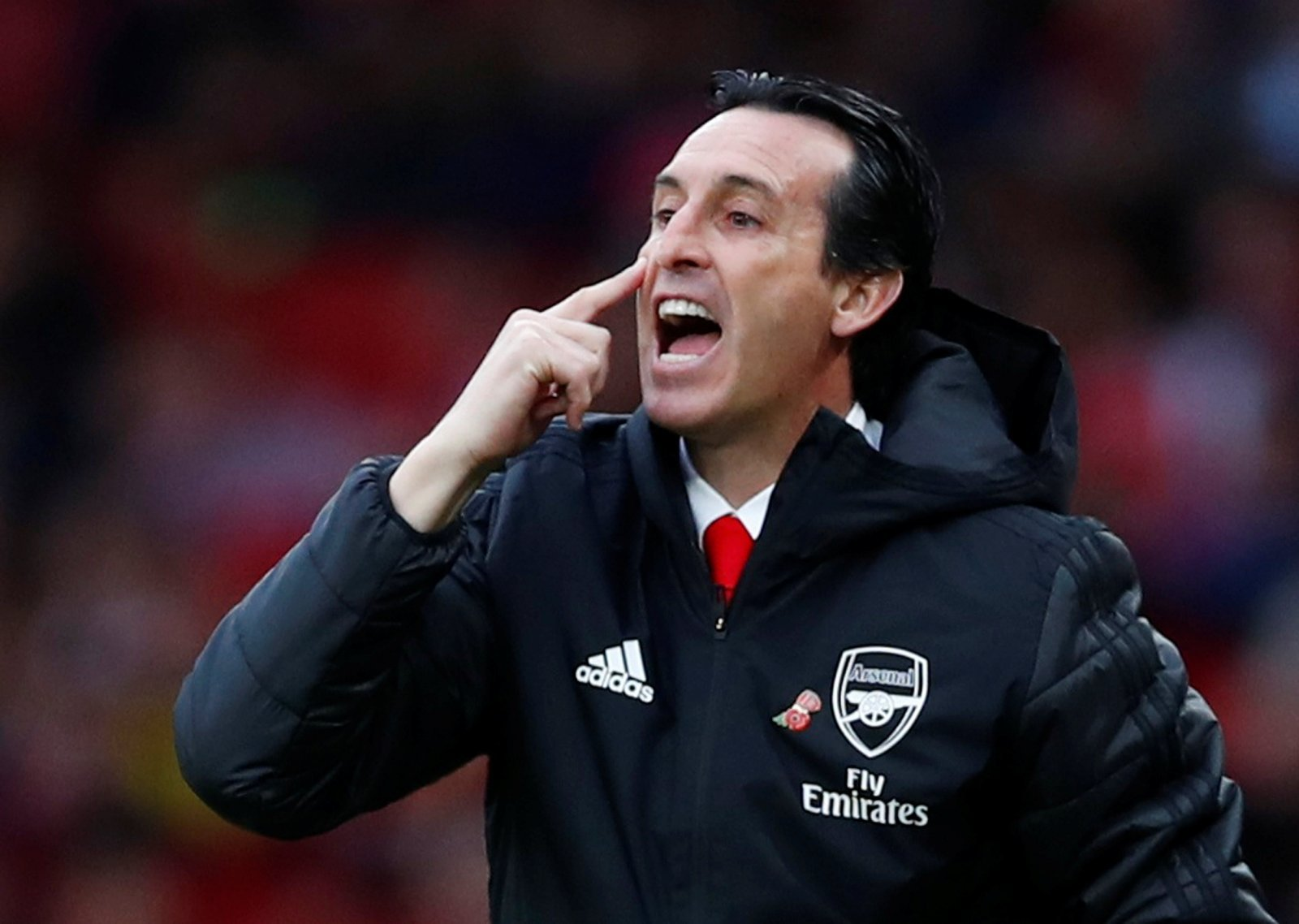 Arsenal: Some fans think Leicester defeat is final straw for 'clueless' Unai Emery
