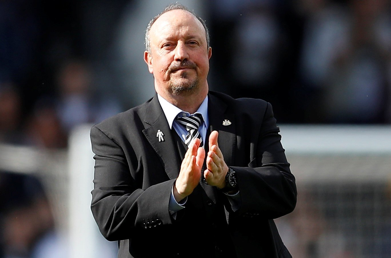 Everton: Fans slam journalist for suggesting Rafa Benitez should become the new manager