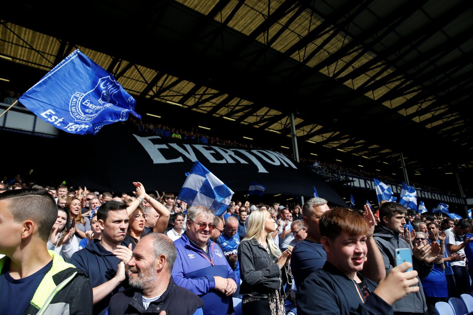 Everton: Fans agree with Andy Gray's comments about Sam Allardyce
