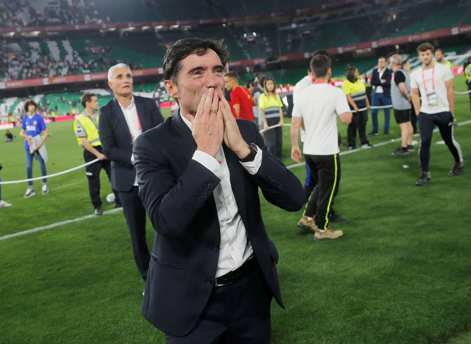 Arsenal: Fans unhappy after being linked with move for ex-Valencia man Marcelino