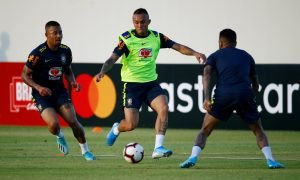Everton Soares in Brazil training alongside Gabriel Jesus