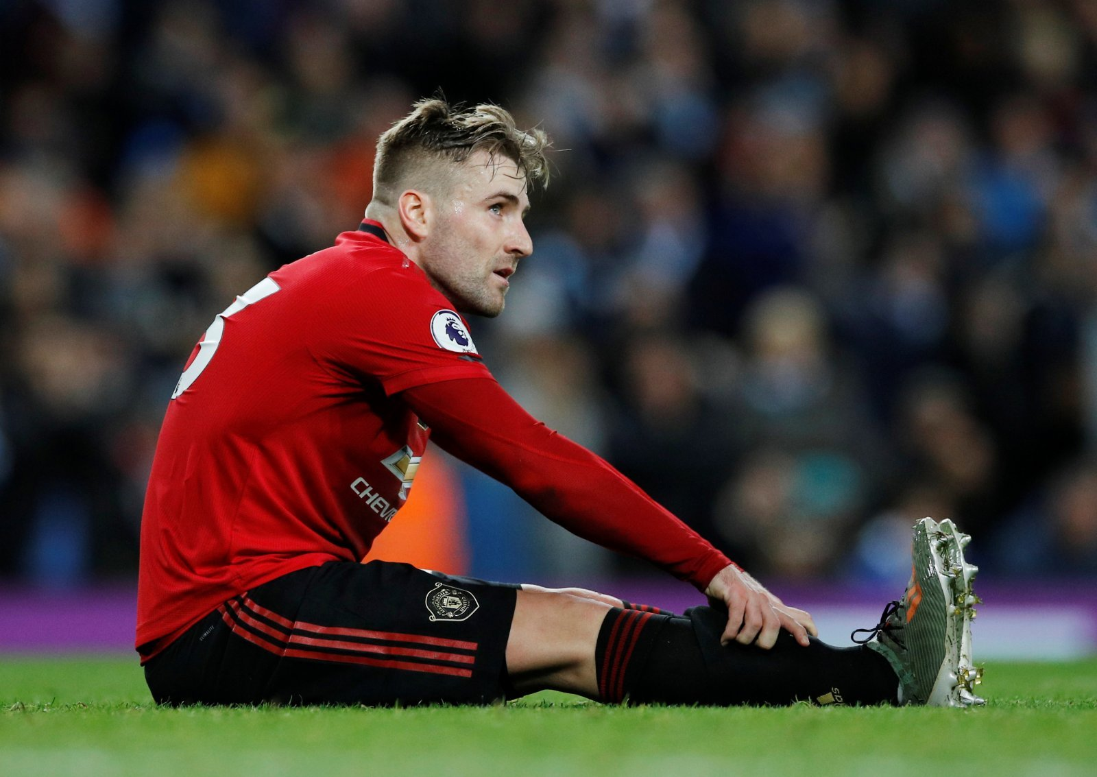 Manchester United: Fans appeal to sell Luke Shaw amid reported Leicester interest