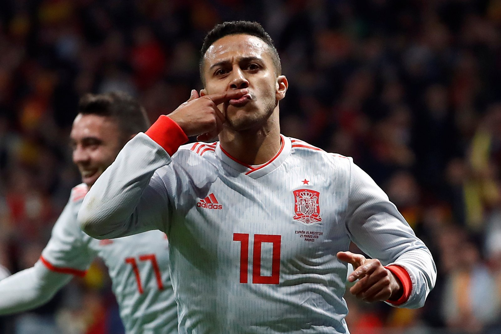 Liverpool Fans Troll Arsenal Over Reported Interest In Thiago Alcantara The Transfer Tavern
