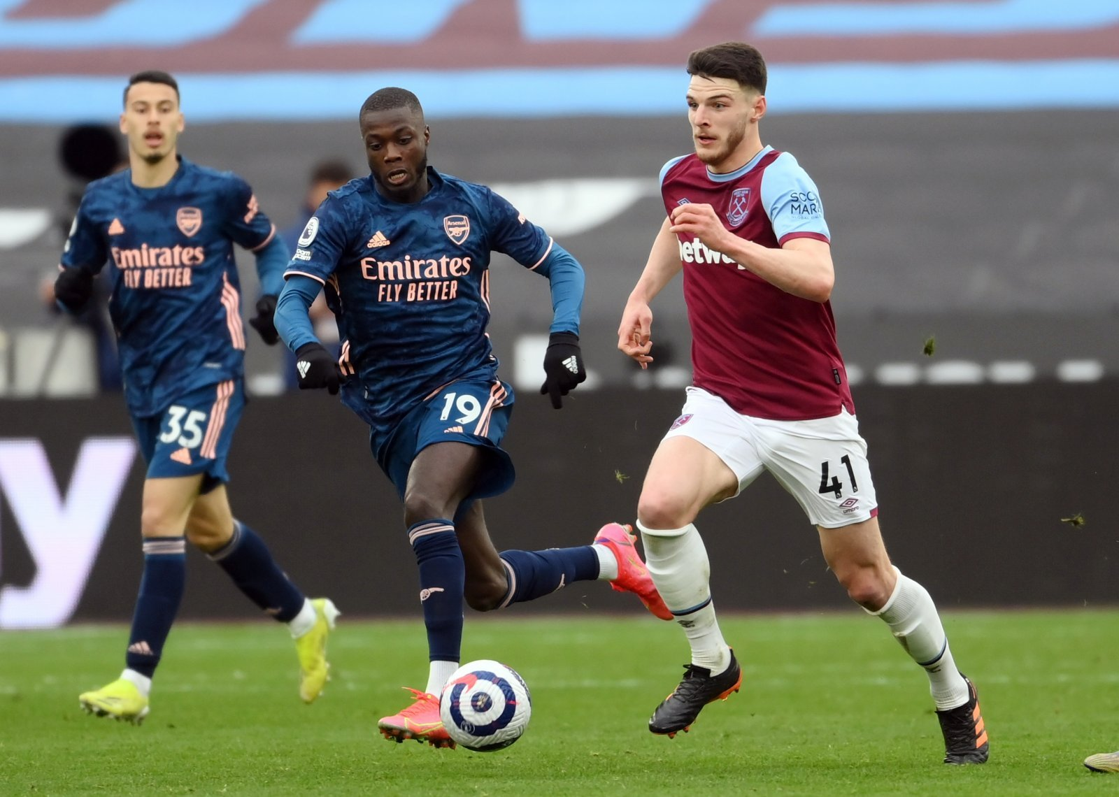 WHU: Fans react to Rice's post on Twitter | The Transfer Tavern